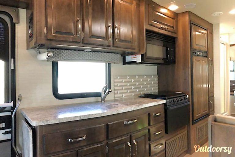 2018 Jayco Greyhawk Denver RV Rental Interior