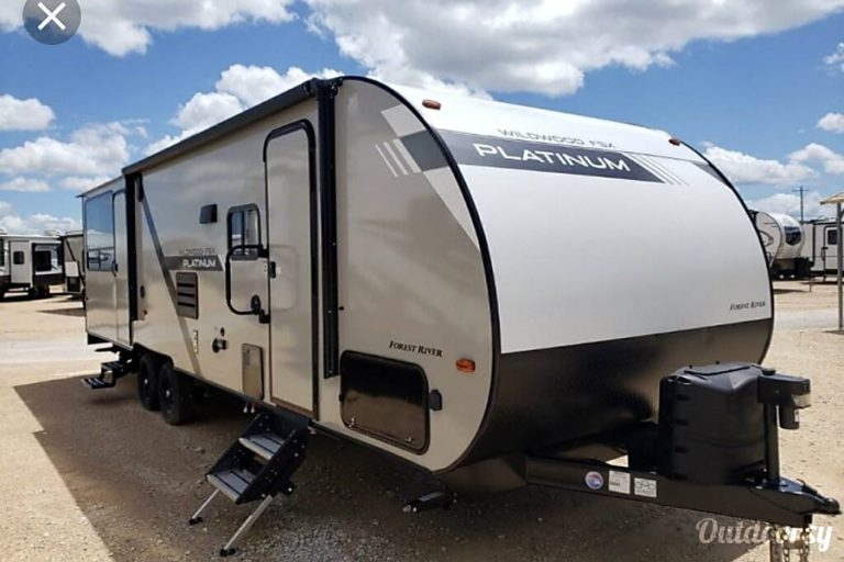 2020 Forest River Wildwood Toy hauler RV Rental Denver